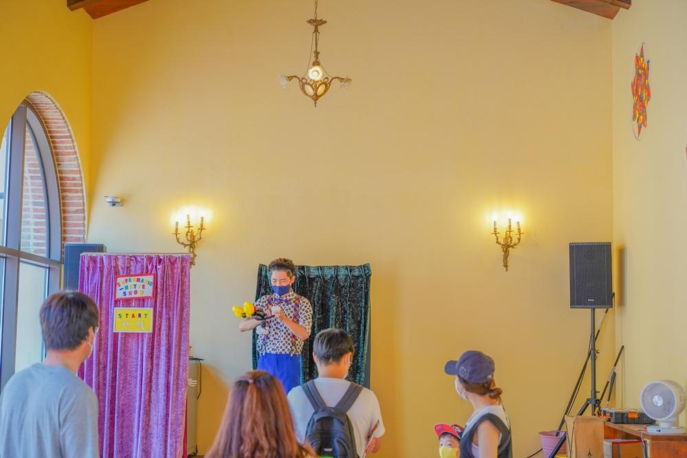 피노키오 와 다빈치 내부 공연장 속 공연