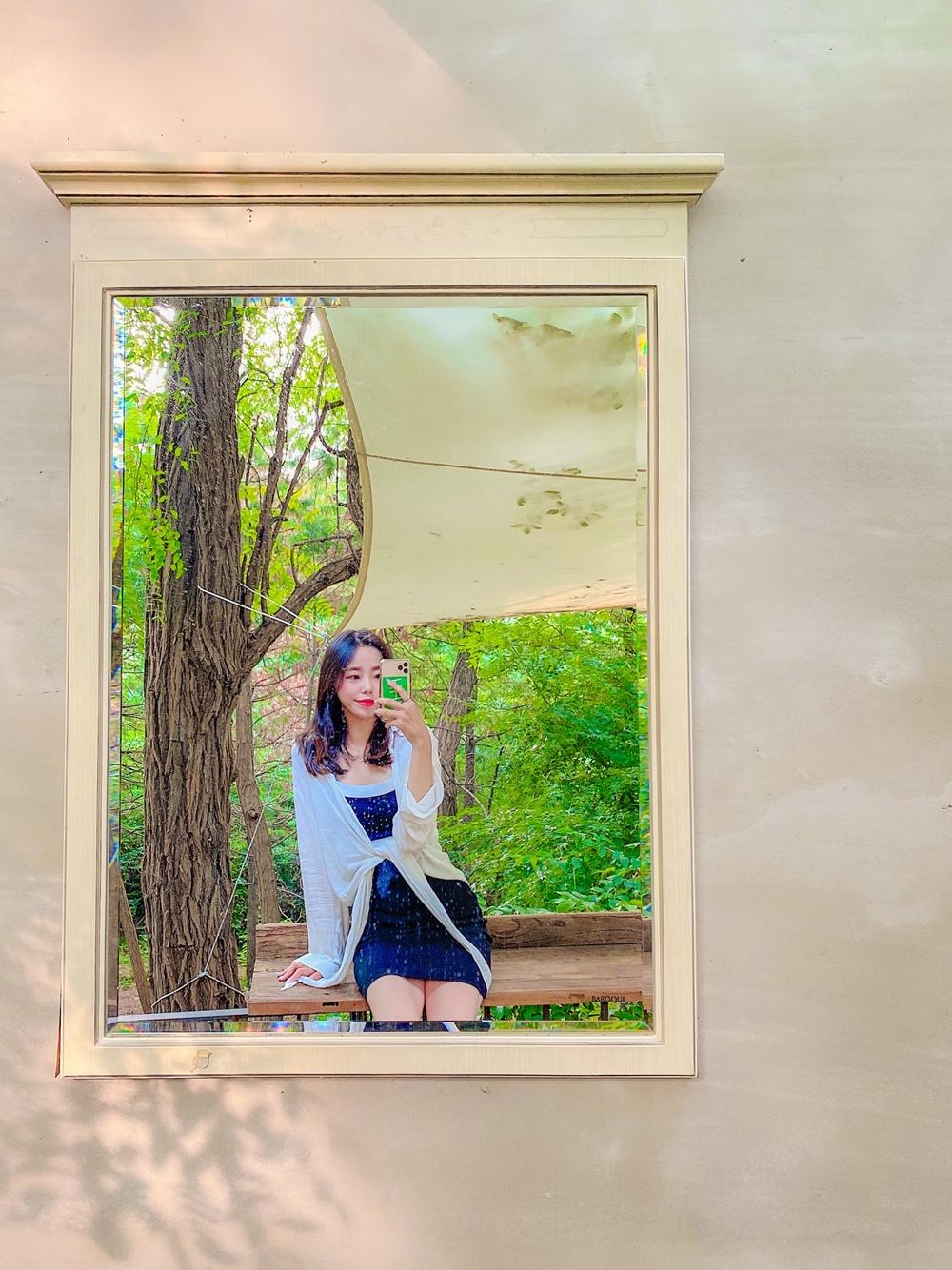 하남 미사장카페 숲뷰 거울 사진